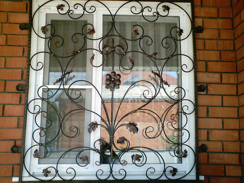 Решетки на окна фото цена